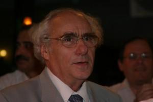 Tsvi Bacharach1